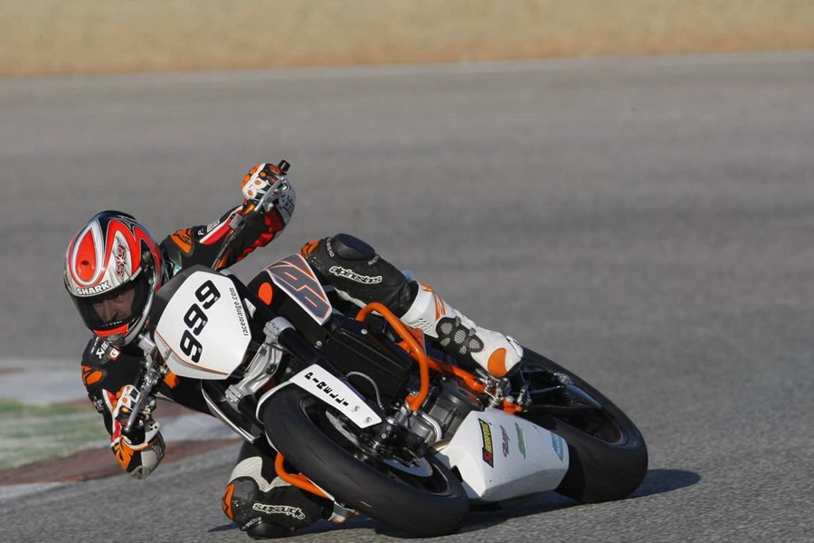 Sanz. 058_action 690. KTM 690 Duke EJC Test in Cartagena